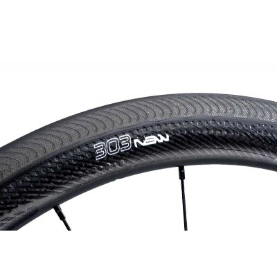 303 NSW Carbon Clincher Vorderrad